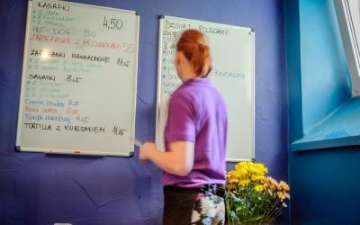 Kreatorzy Smaku, domowe posiłki w bistro Warszawskiej Wyższej Szkole Informatyki