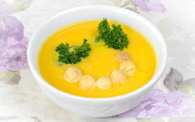 Zupa krem z dyni z mlekiem kokosowym
