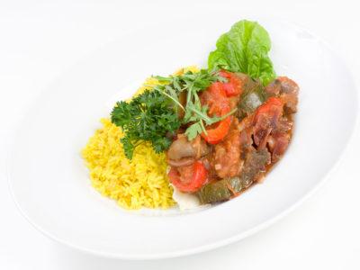 Ryż w curry z ratatouille warzywnym