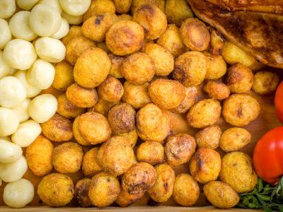 szynka pieczona w całości ziemniaki opiekane
